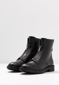 Esprit - COCO ZIP BOOTIE - Classic ankle boots - black - 4