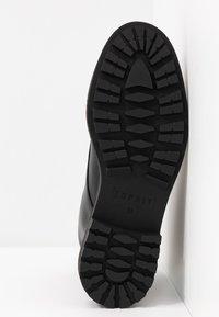 Esprit - COCO ZIP BOOTIE - Classic ankle boots - black - 6