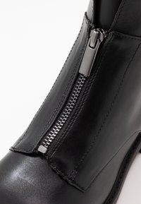 Esprit - COCO ZIP BOOTIE - Classic ankle boots - black - 2