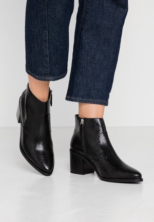 GHIGA - Ankle boot - black