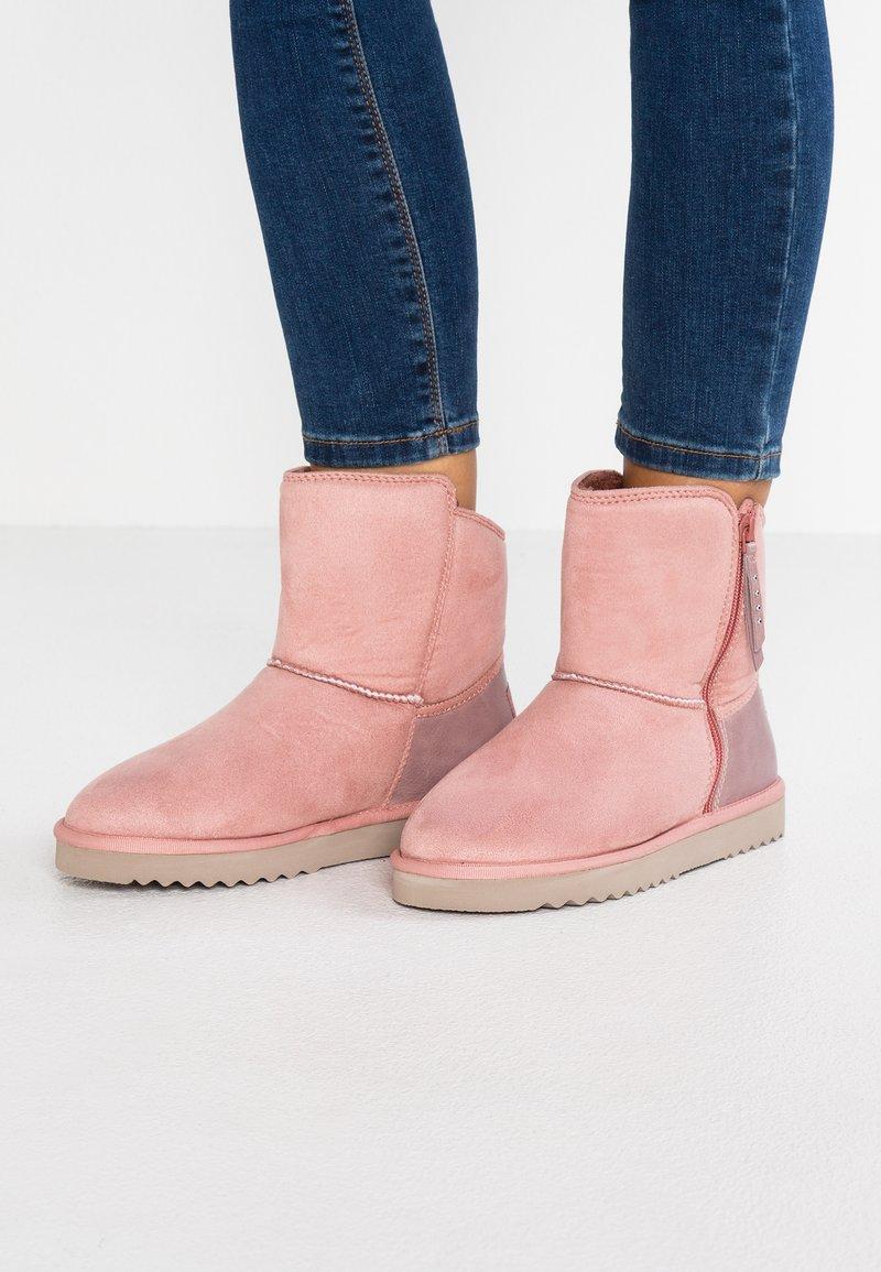 Esprit - UMA ZIP BOOTIE - Stiefelette - blush