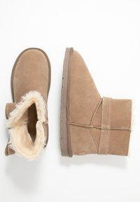 Esprit - LUNA BOW BOOTIE - Kotníkové boty - toffee - 3