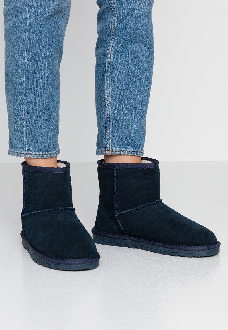 Esprit - LUNA BOOTIE - Zimní obuv - navy