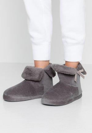 COSY BOOTIE - Slippers - grey