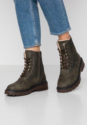 WALES BOOTIE - Winter boots - dark khaki