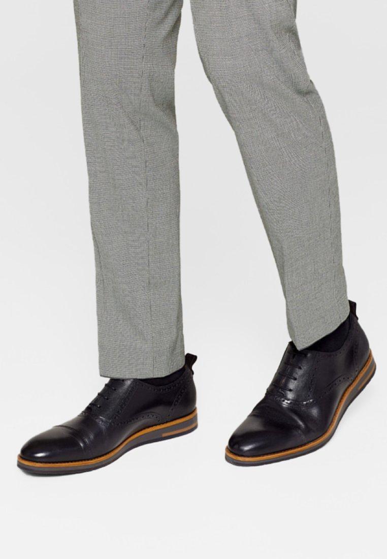 Esprit lacets black lacets Chaussures à Chaussures lacets black à Esprit Esprit Chaussures à shtQdCr