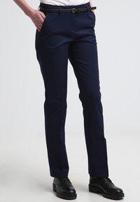 Esprit - Spodnie materiałowe - cinder blue - 0
