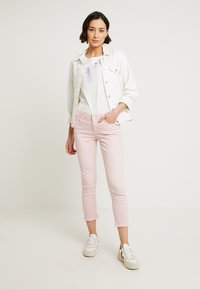 Esprit - Jeans slim fit - light pink - 1