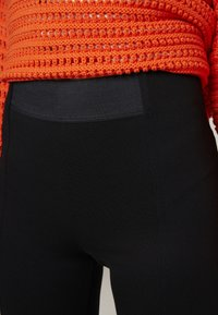Esprit - PUNTO PANT - Leggings - black - 4
