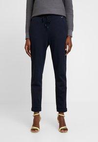 Esprit - Pantalones deportivos - navy - 0