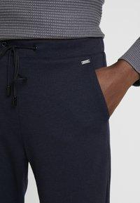 Esprit - Pantalones deportivos - navy - 5