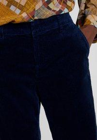 Esprit - WIDE LEG - Spodnie materiałowe - navy - 5