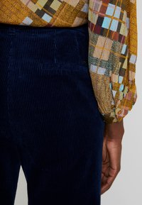 Esprit - WIDE LEG - Spodnie materiałowe - navy - 3