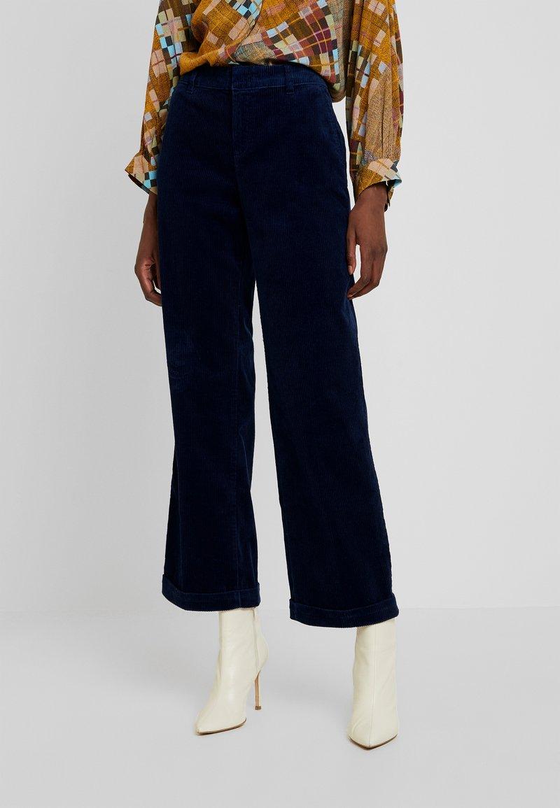 Esprit - WIDE LEG - Spodnie materiałowe - navy