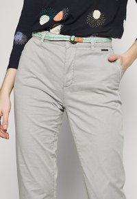 Esprit - SLIM - Chinosy - light grey - 4