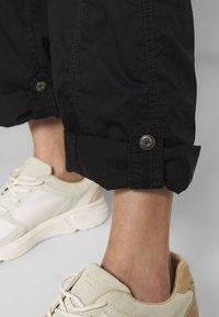 Esprit - PLAY PANTS - Pantalones - black - 5