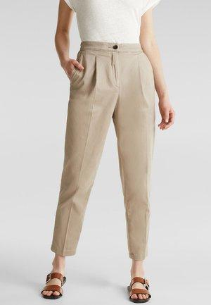 MIT BUNDFALTEN - Pantalon classique - beige