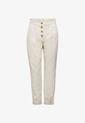 AUS LEINEN-MIX: CHINO MIT KNOPFLEISTE - Trousers - sand