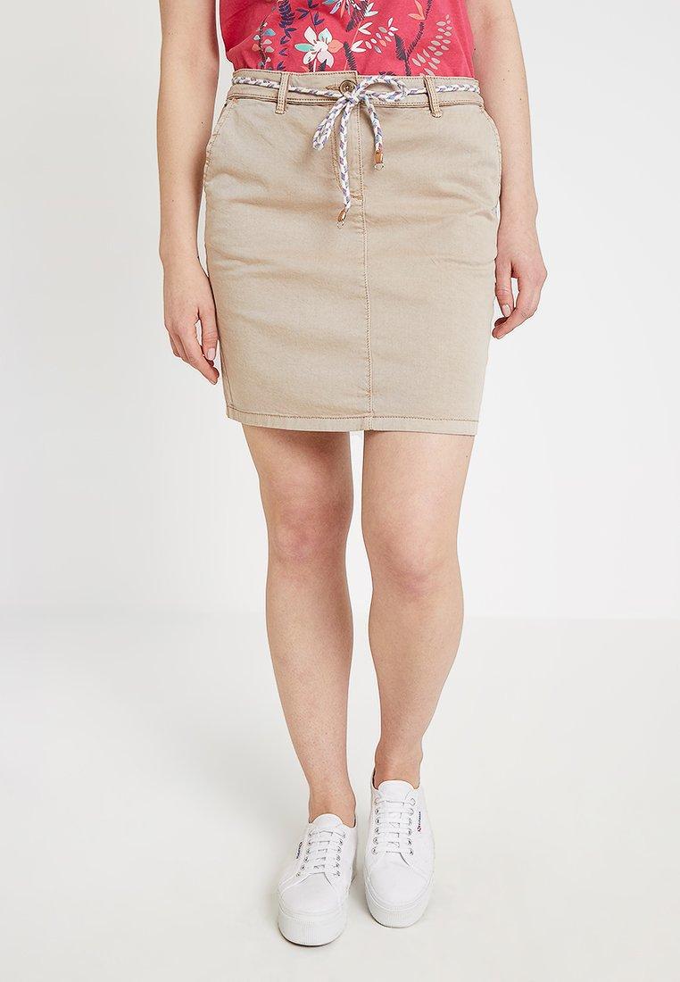 Esprit - CHINOSKIRT - Falda de tubo - beige