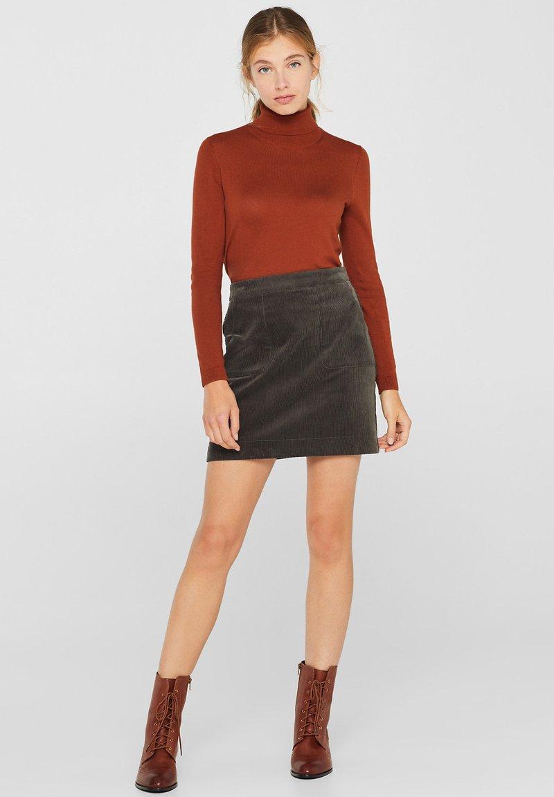 Esprit - MIT FRONTTASCHEN - A-snit nederdel/ A-formede nederdele - khaki green