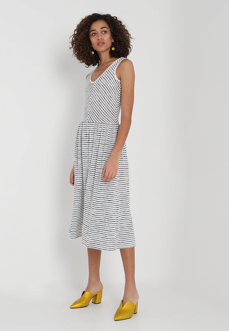 Esprit - DRESS - Vestido ligero - navy