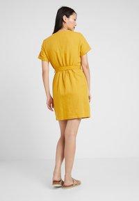 Esprit - Abito a camicia - brass yellow - 3