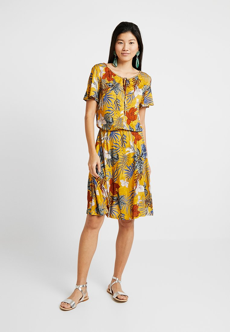 Esprit - DRESS - Jersey dress - brass yellow