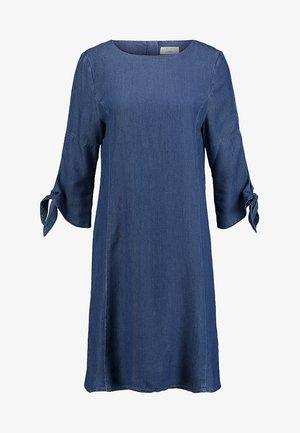 DRESS - Denimové šaty - blue medium wash