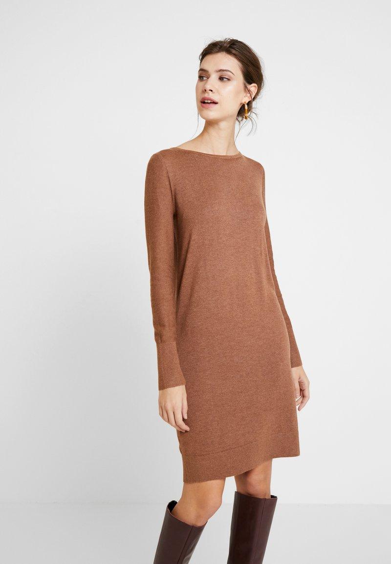 Esprit - DRESS - Strikket kjole - caramel