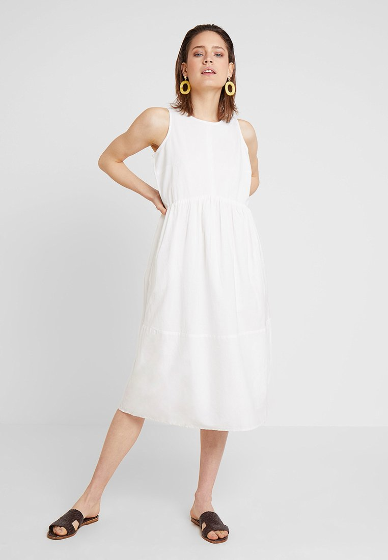 Esprit - FLARED - Freizeitkleid - off white