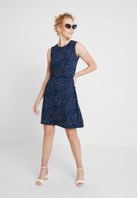 Esprit - EASY DRESS - Žerzejové šaty - navy - 2