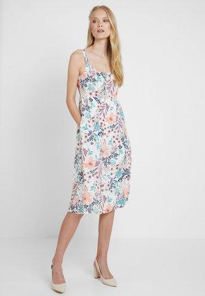 FLUENT - Denní šaty - off white