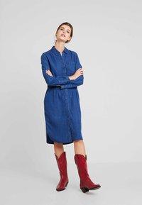 Esprit - DRESS - Spijkerjurk - blue medium wash - 0