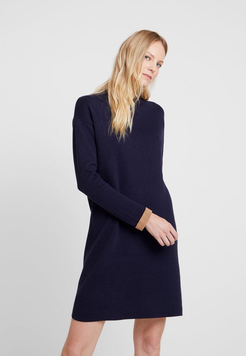 Esprit - DRESS - Pletené šaty - navy