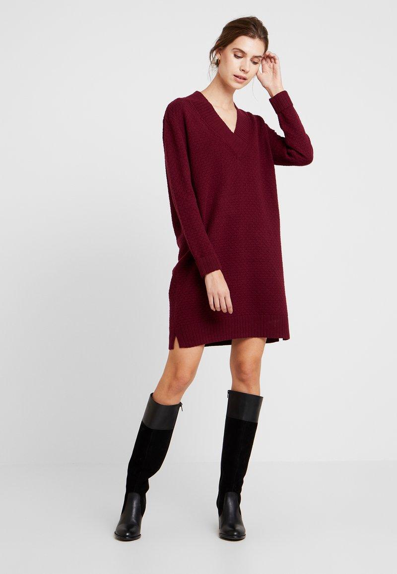 Esprit - VNECK DRESS - Jumper dress - garnet red
