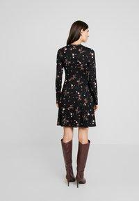 Esprit - Sukienka z dżerseju - black - 3