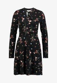 Esprit - Sukienka z dżerseju - black - 4