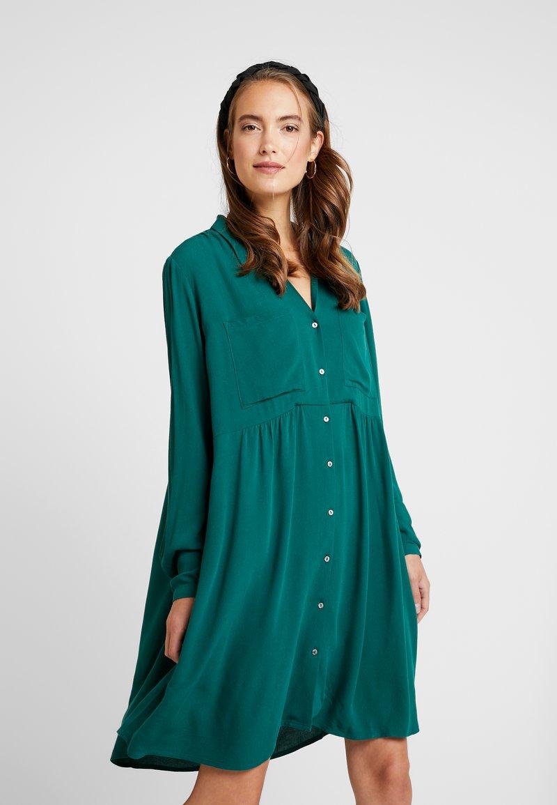 Esprit - DRESS - Shirt dress - bottle green