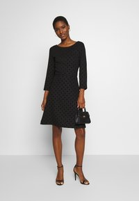 Esprit - FLOCK DRESS - Jerseykjole - black - 1