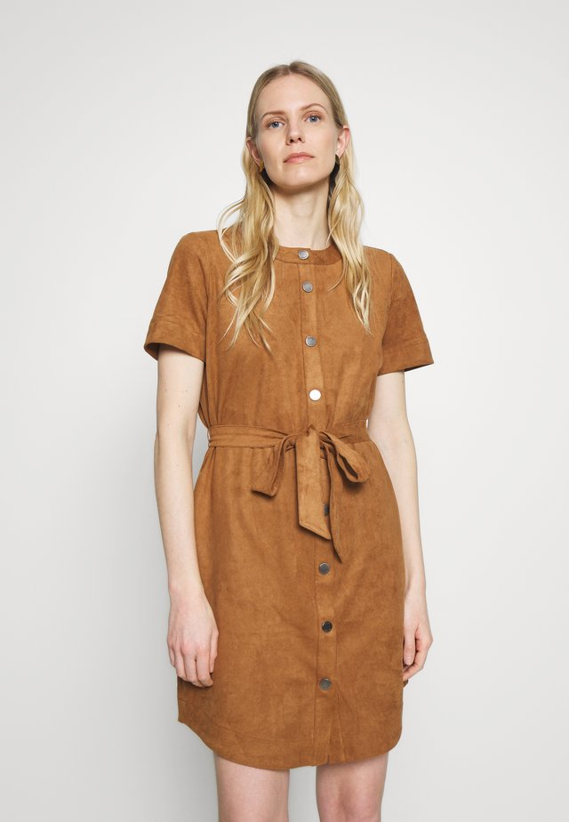 Day dress - toffee