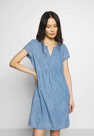 Denim dress - blue light wash