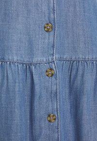 Esprit - DRESS - Jeanskjole / cowboykjoler - blue medium wash - 2