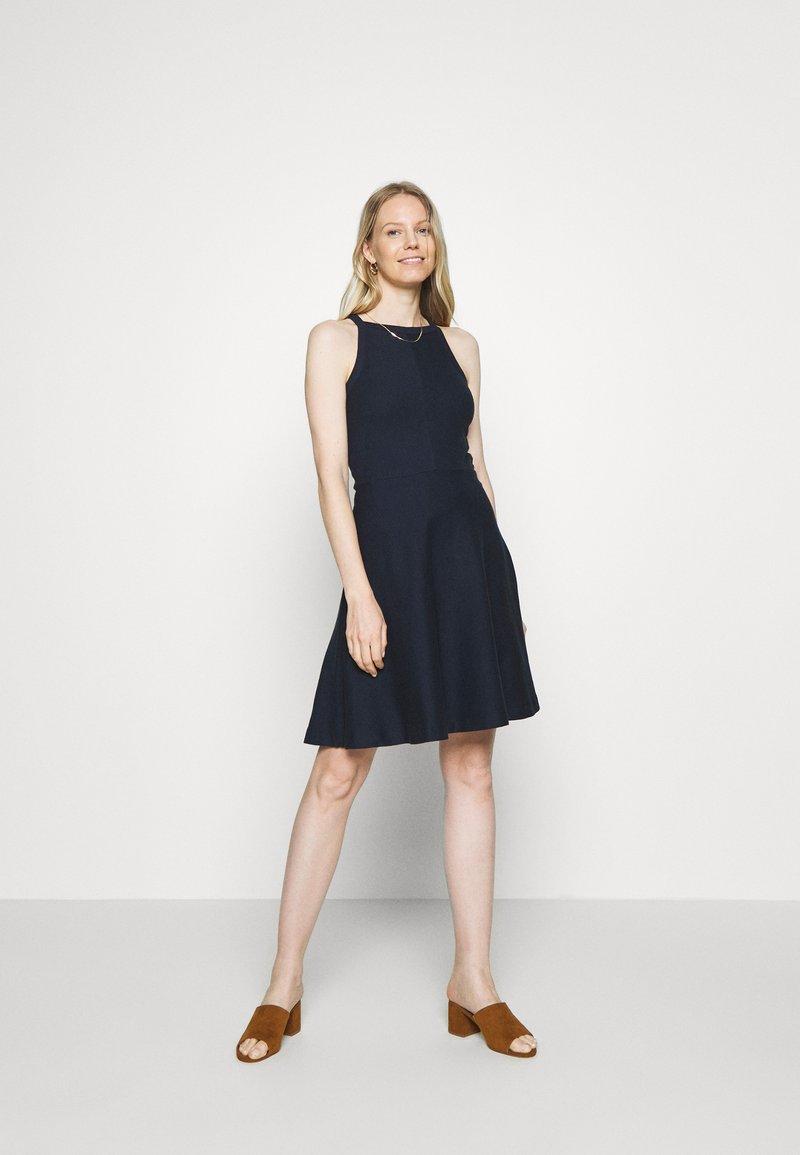 Esprit - Sukienka z dżerseju - navy