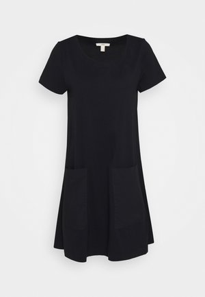 OVERSIZE MIX - Žerzejové šaty - black