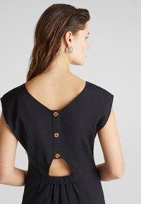 Esprit - KLEID MIT KNOPFLEISTE, 100% BAUMWOLLE - Korte jurk - black - 5