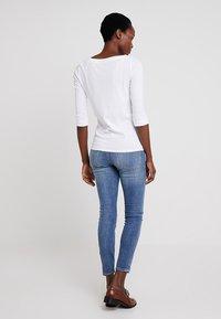 Esprit - T-shirt à manches longues - white - 2