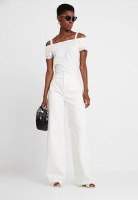 Esprit - POM POM TEE - T-shirt imprimé - off white - 1