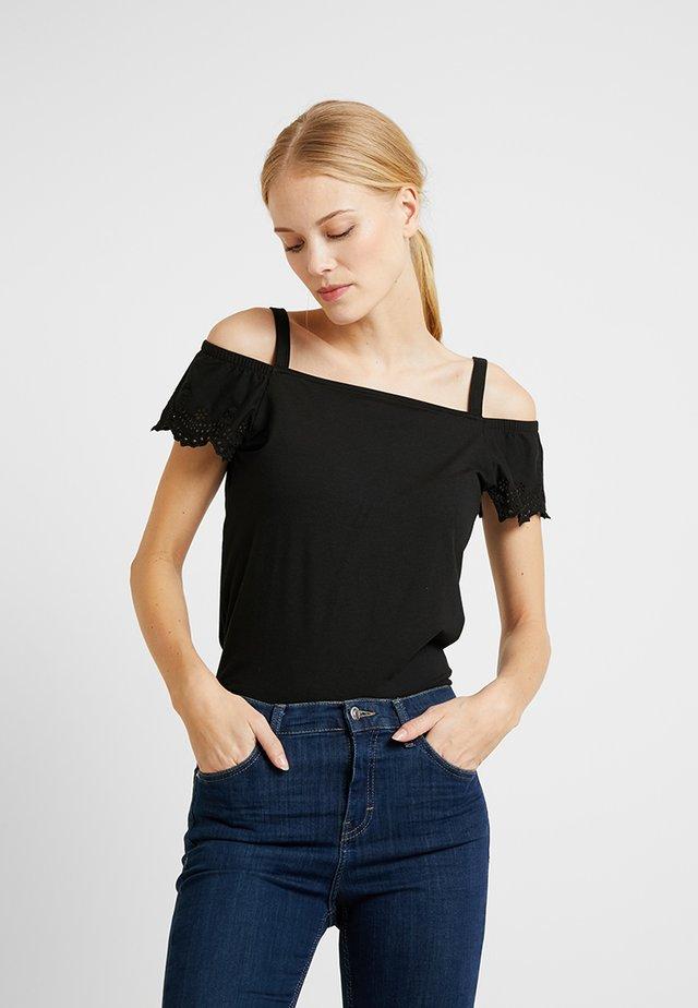 POM POM TEE - Camiseta estampada - black