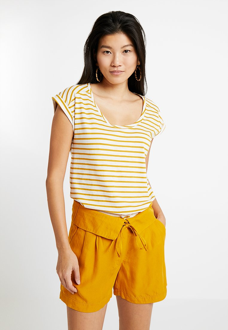 Esprit - BOYFRIEND - Print T-shirt - brass yellow
