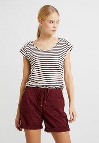 Esprit - BOYFRIEND - Print T-shirt - bordeaux red - 0